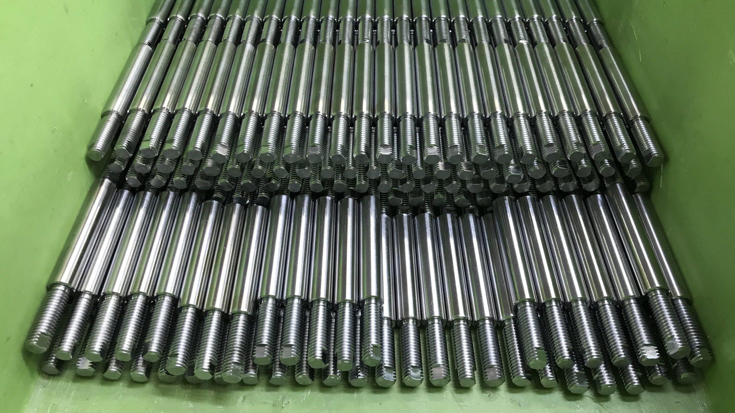 【加工部品調達】丸鋼加工部品(材質:SUJ2)ご相談受付中。
