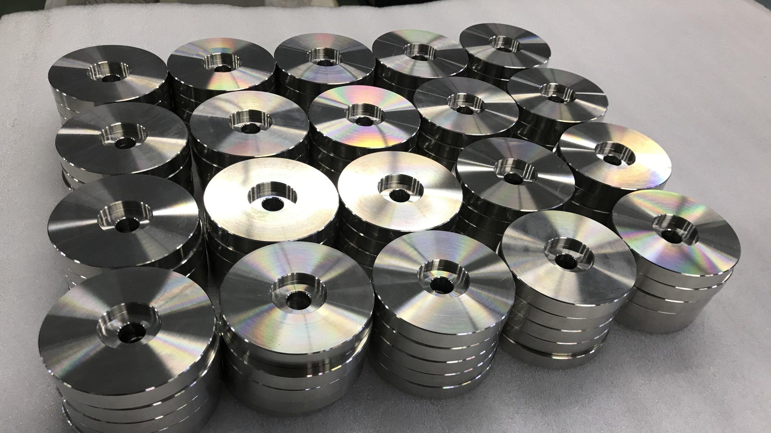 【加工部品調達】丸鋼加工部品(材質:SUS304)ご相談受付中。