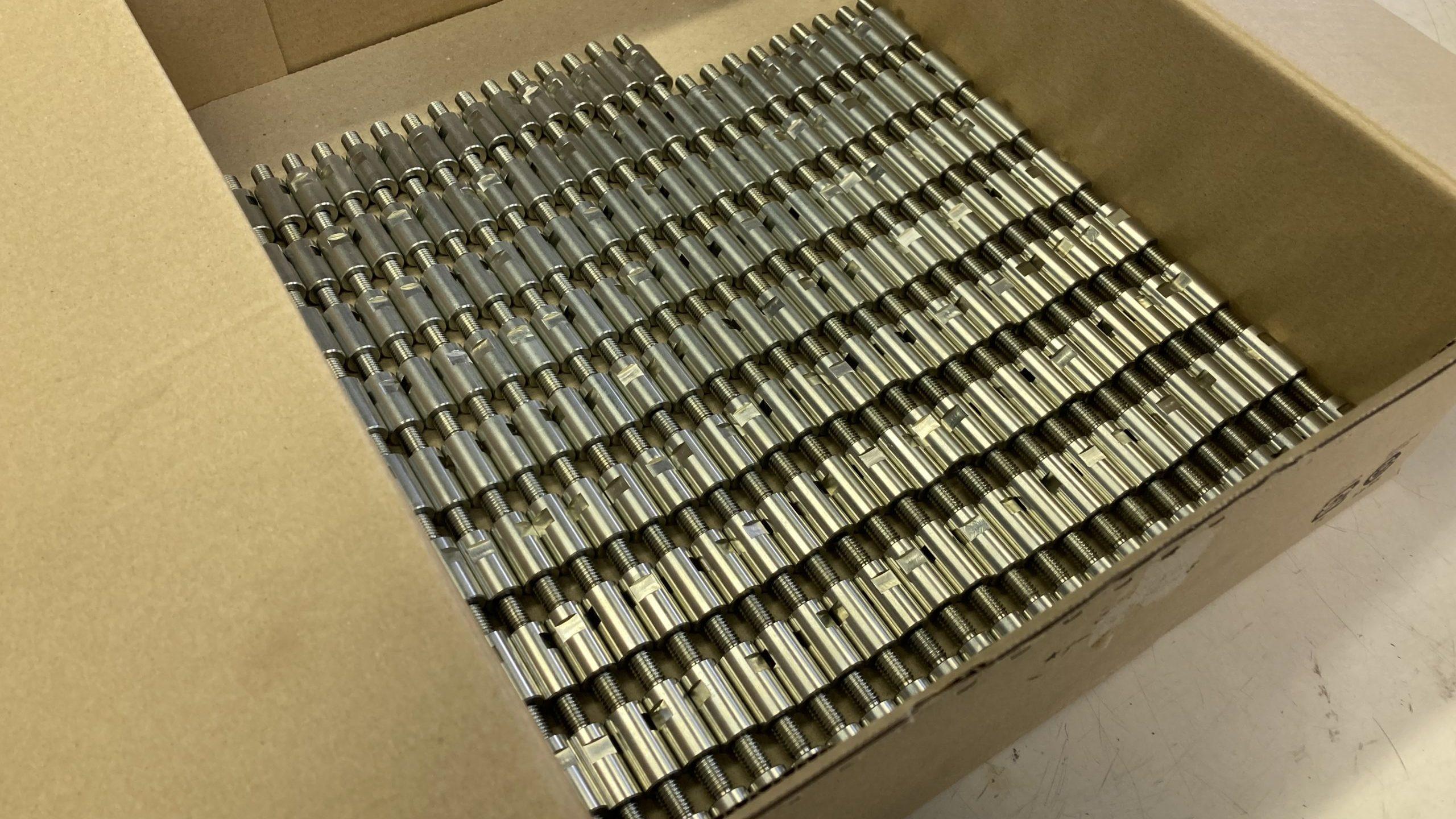 【加工部品調達】丸鋼加工部品(材質:SS400, 三価クロメート)ご相談受付中。